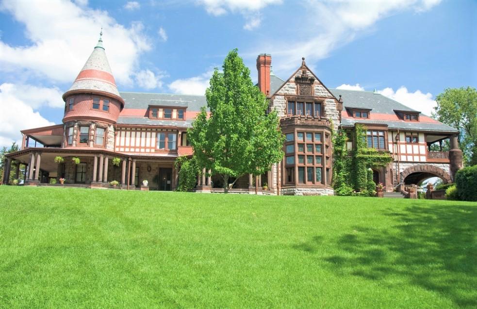 Glorietta Structure at Sonnenberg Gardens & Mansion State Historic Park
