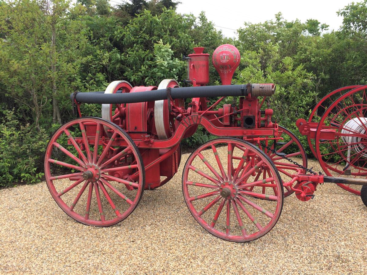 Nantucket-fire-pumper-5.jpg