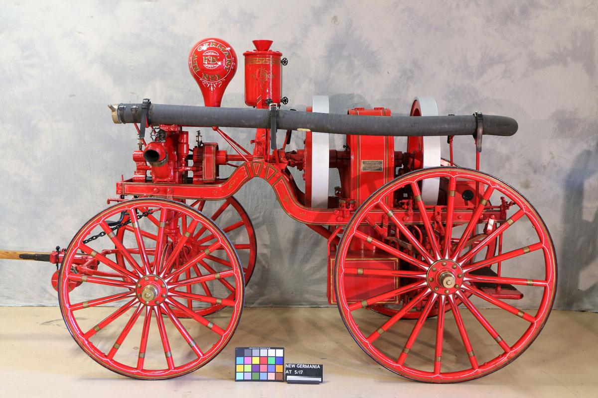 Nantucket-fire-pumper-7.jpg