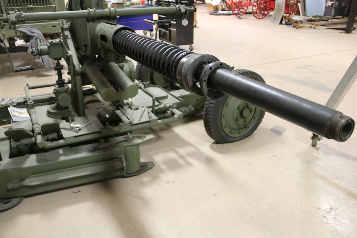 Bofors-gun-conservation-04.jpg