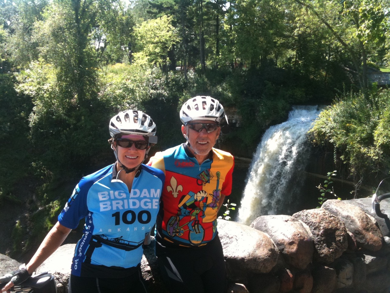 Peggy and her husband, Lee, pose in front of Minnihaha Falls in Minneapolis.
