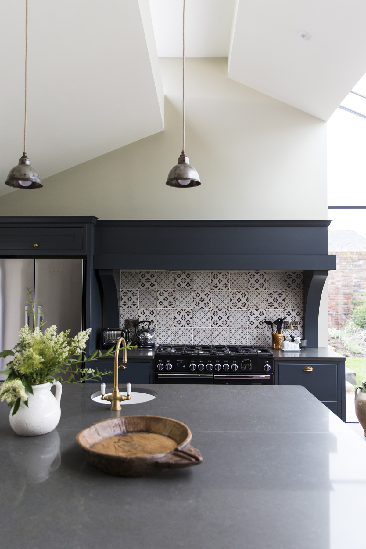 Elmley Kingshill Farmhouse Kitchen
