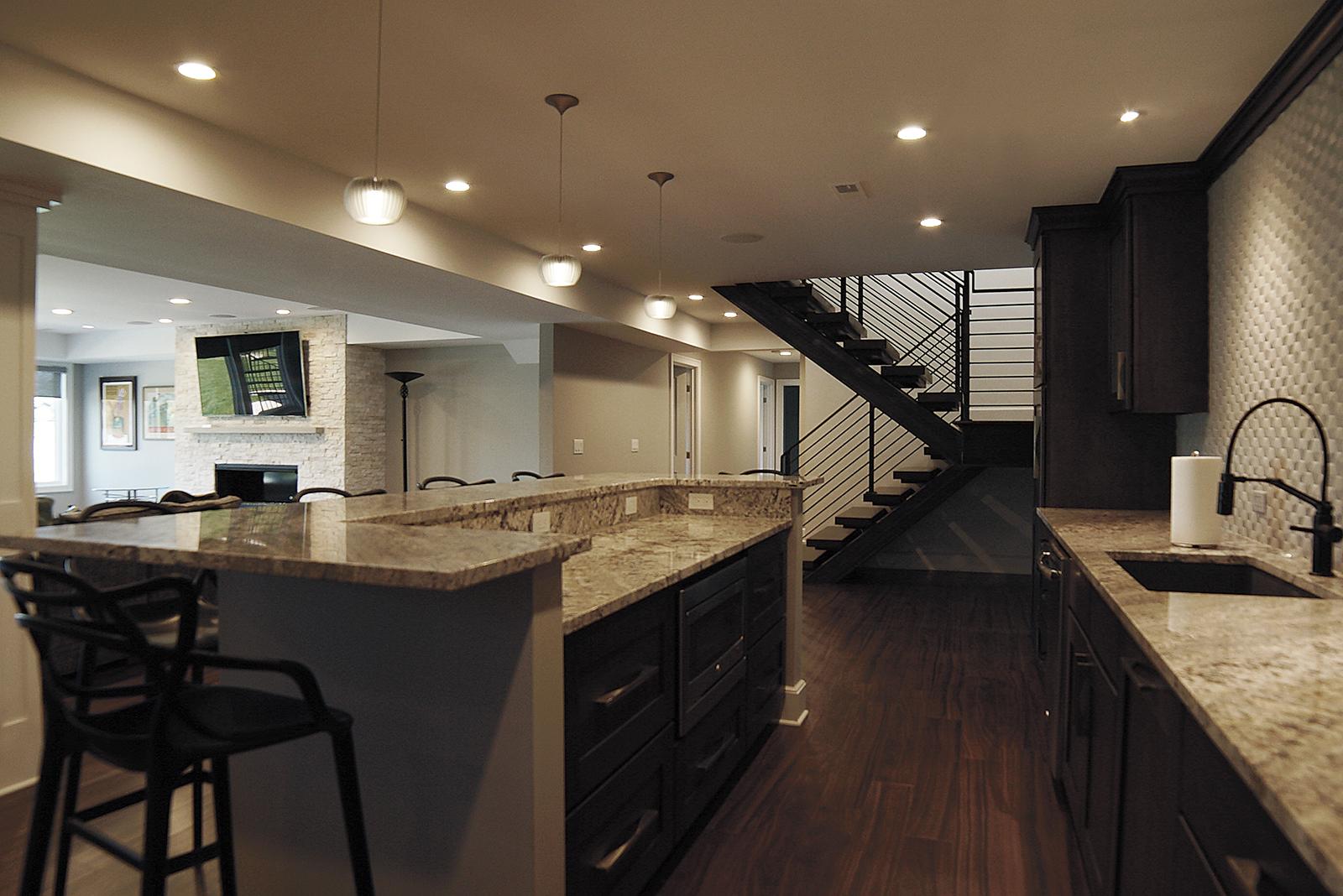 Kitchen_side_DSC06353.jpg