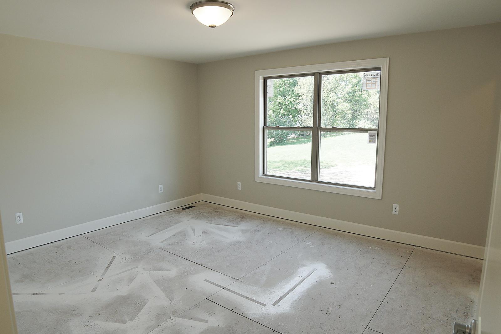 Bedroom_DSC06024.jpg