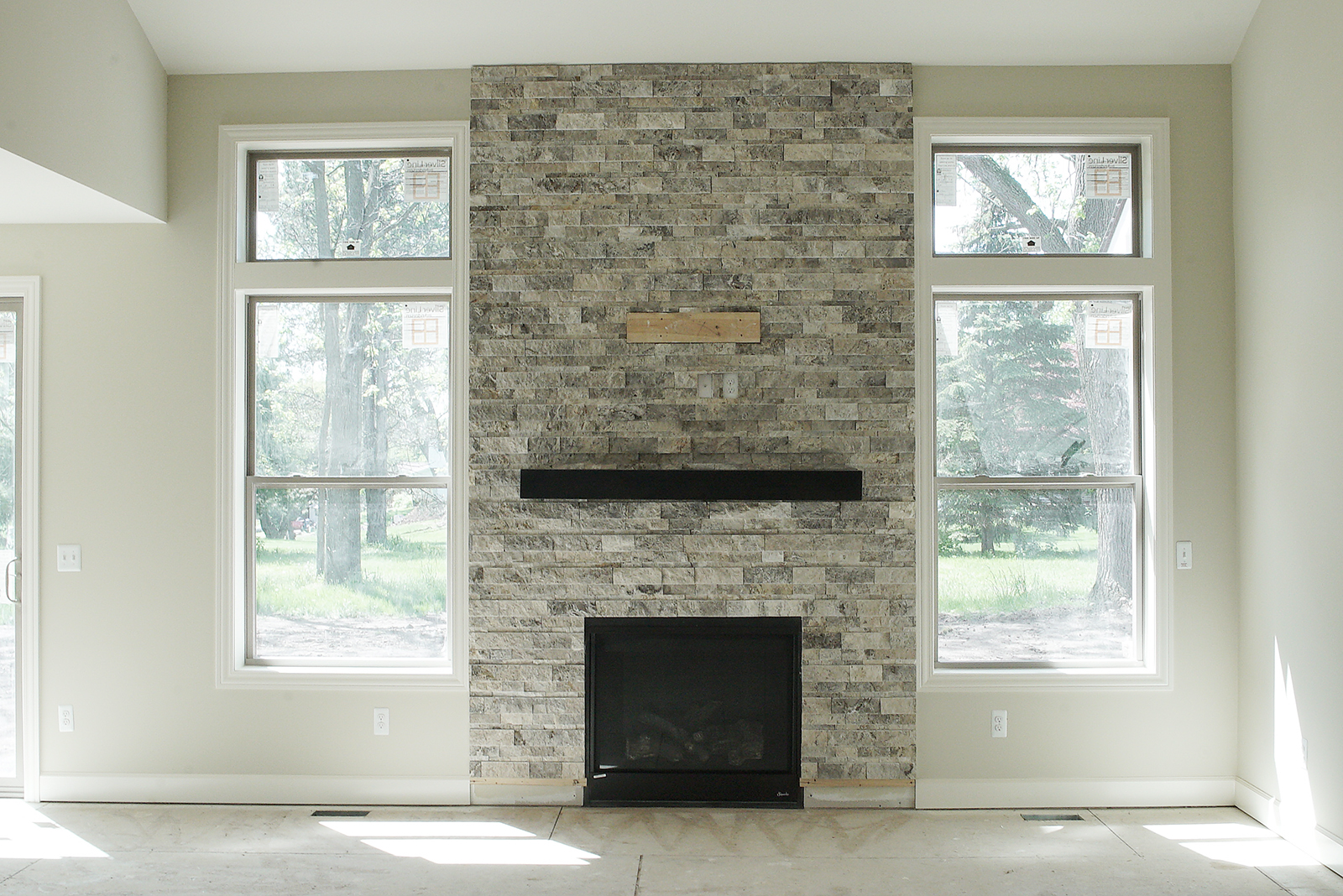 Fireplace_DSC06207.jpg