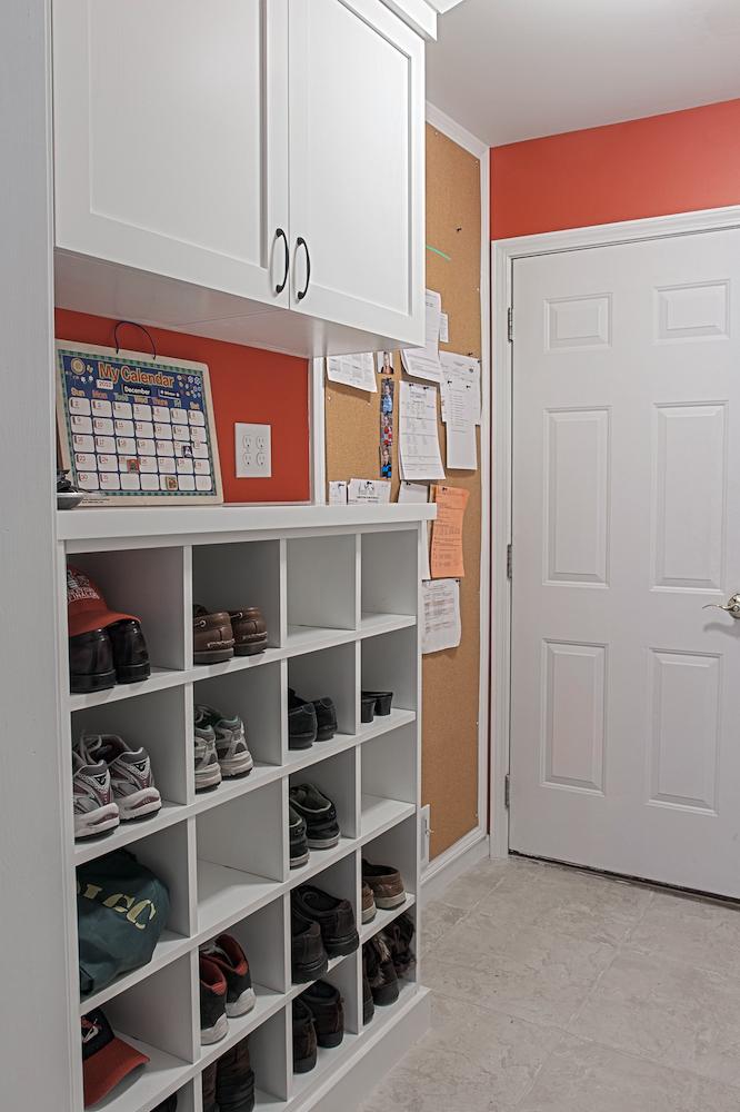 Coat-Room-Shoe-Rack.jpg