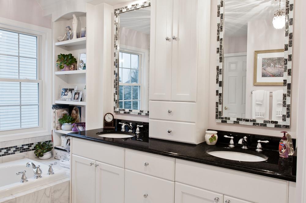 Master-Bathroom-Vanity-2.jpg