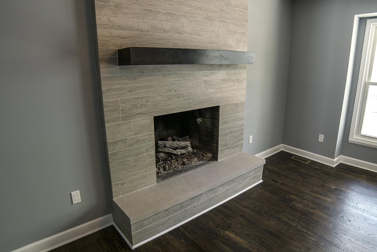 living_room_fireplace.jpg
