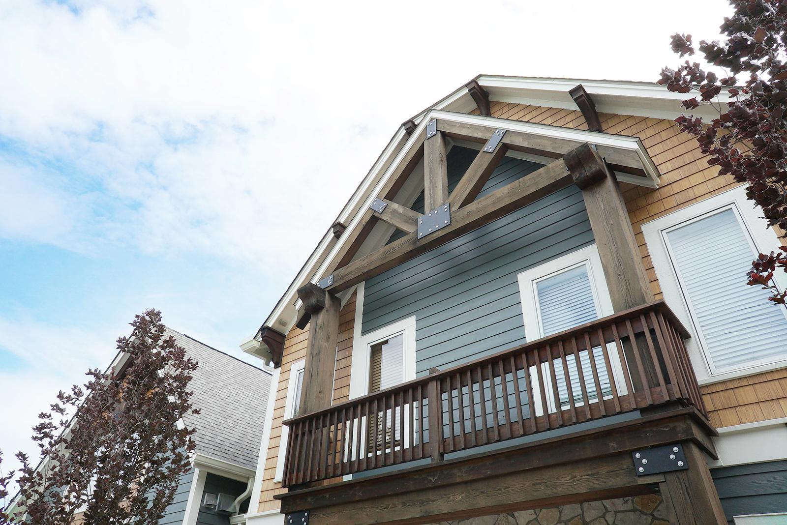 House_back_Balcony_DSC06469.jpg