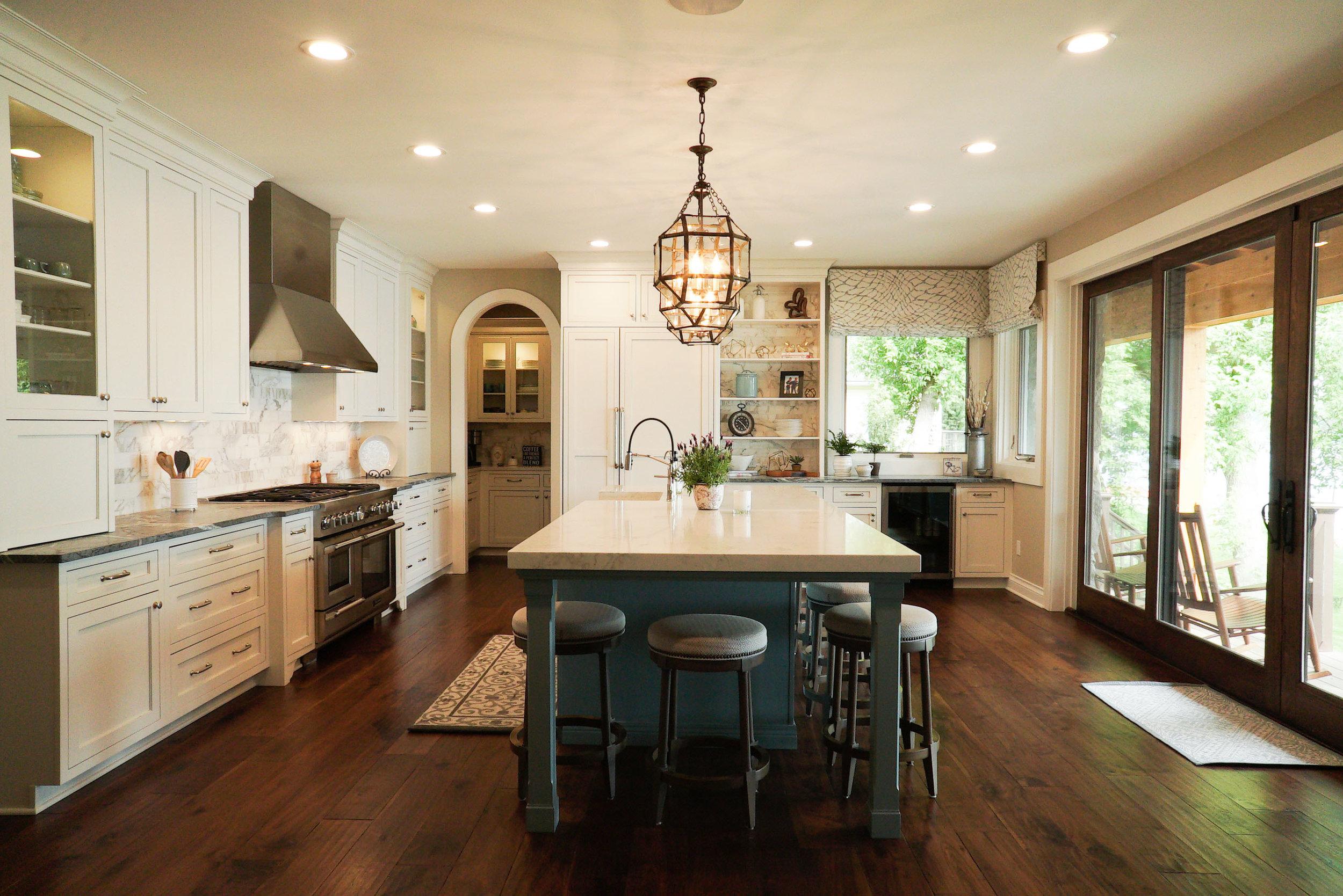 Kitchen_Long_View_DSC06518.jpg