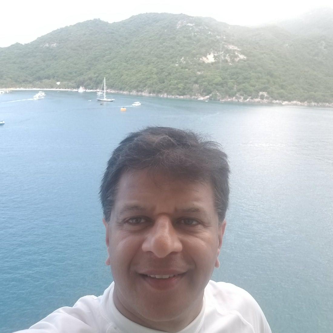 Vijay K. Shah, CCIM is Senior Vice President at Trademark Properties and a key team member for Shuckin' Shack Restaurant Franchising.