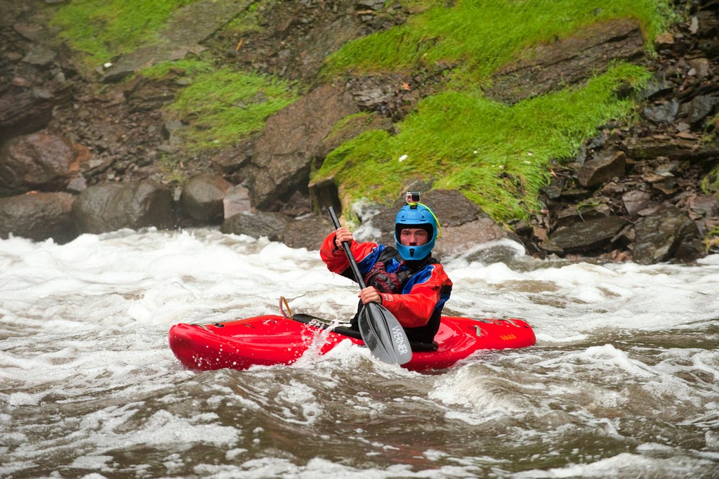 hunt-jennings-keeping-cool-while-plummeting-over-100-foot-waterfalls-in-a-kayak