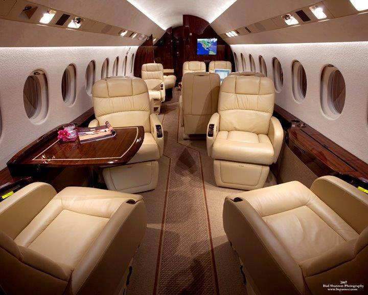BJI F900DX Interior 6.jpg