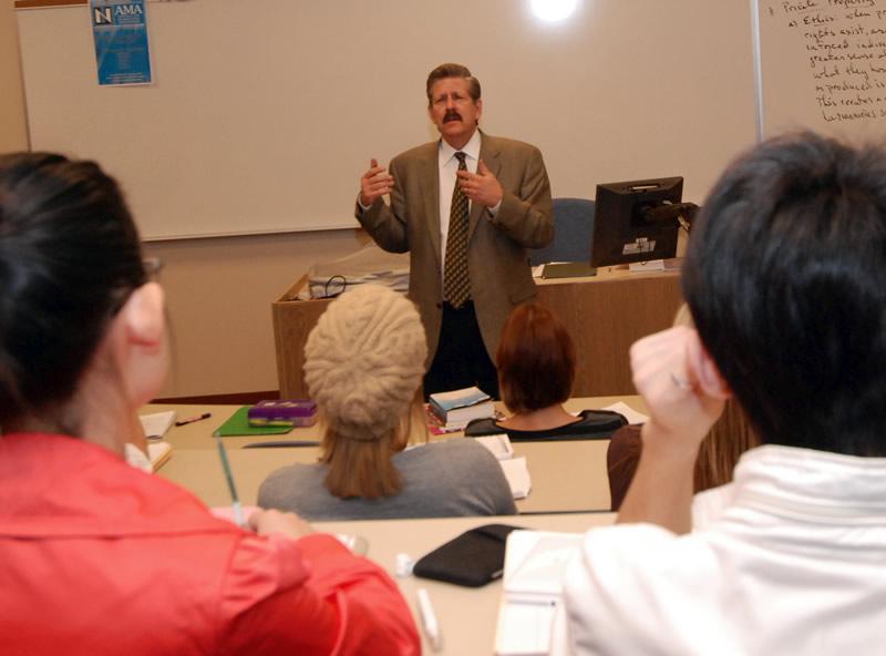 Dr-Ebeling-Classroom-003.jpg