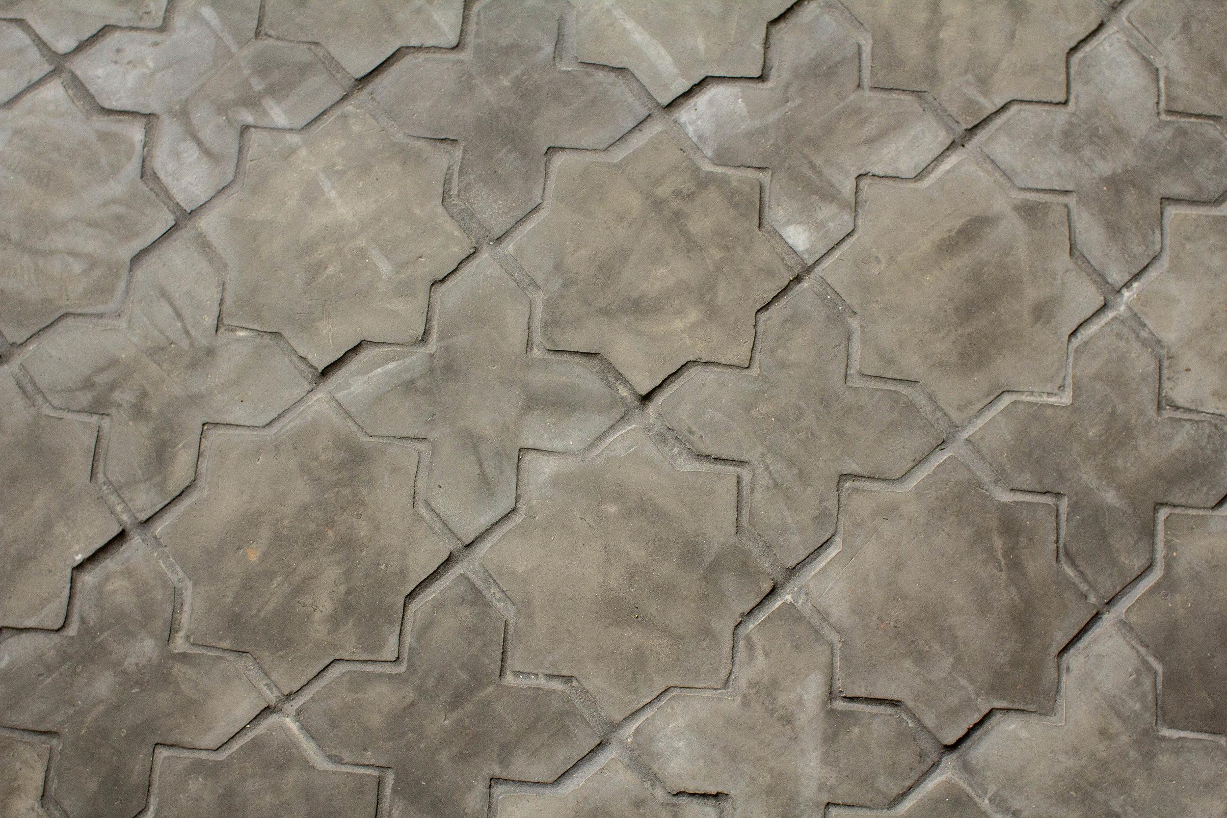 Stone tile floor 3.jpg