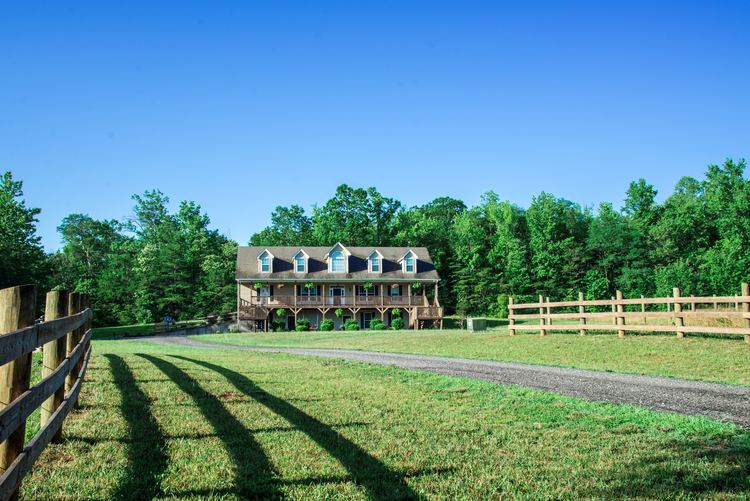 Glassy View Bed and Breakfast outside Landrum, South Carolina