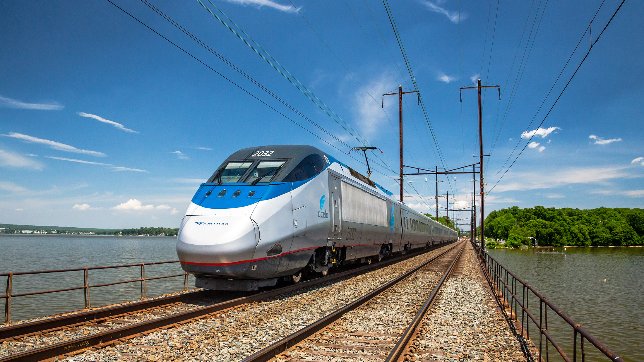 amtrak-acela-NE-corridor-courtesy_Amtrak_2200x1237.jpg
