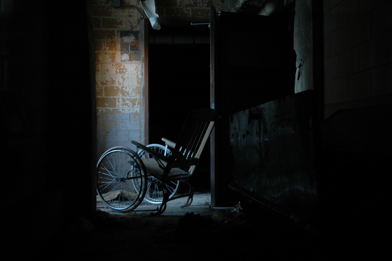 wheel chair.jpg
