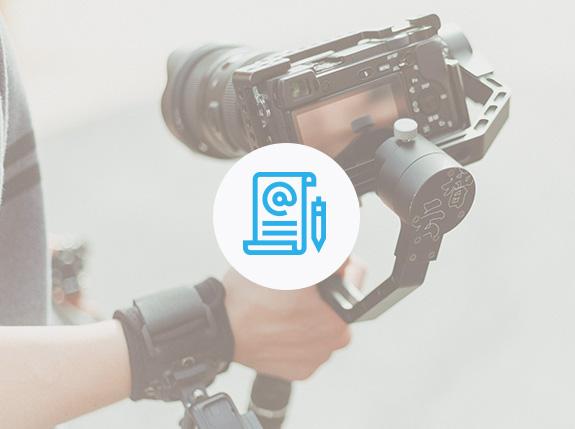 """Generación de contenido - Content is king... e Internet lo sabe. Si le brindas a tu audiencia la información que necesita, de la manera que lo requiere y con el lenguaje adecuado, estarás acortando el tiempo de venta y aumentando interés en tus servicios. Nosotros generamos contenido adecuado para tu audiencia, comprometidos con la premisa """"Construyamos experiencias digitales con contenido de valor""""La generación de contenido involucra: ilustración, contenido escrito para blog y web page, fotografía, producción de vídeo, ilustración y multimedia."""