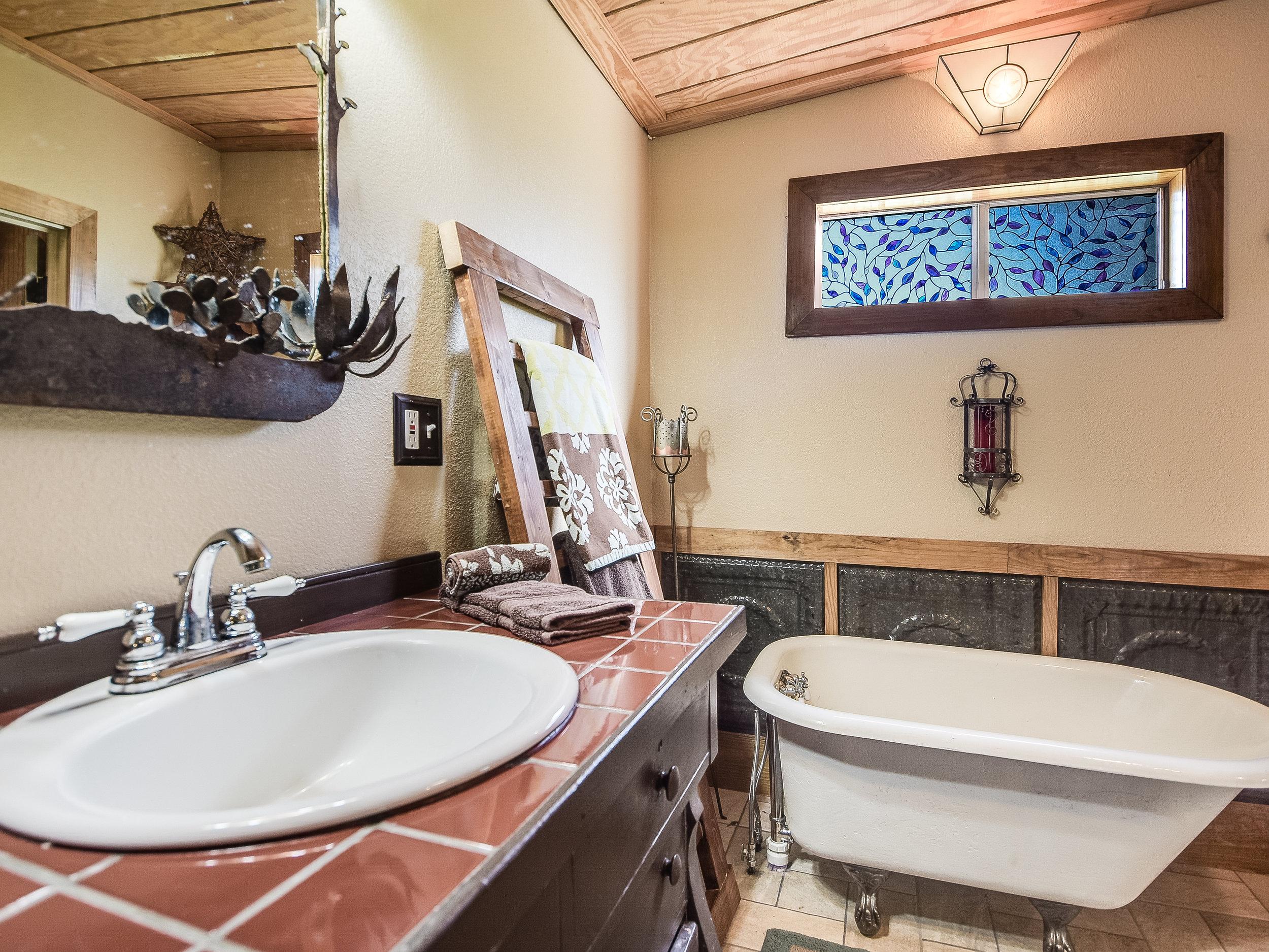 020_House 2 Bath.jpg