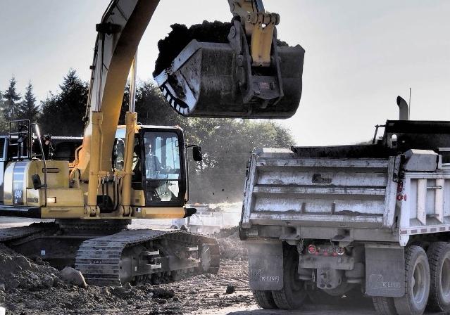 B&B Contracting - Excavation Shoring - Heavy Construction Surrey.jpg