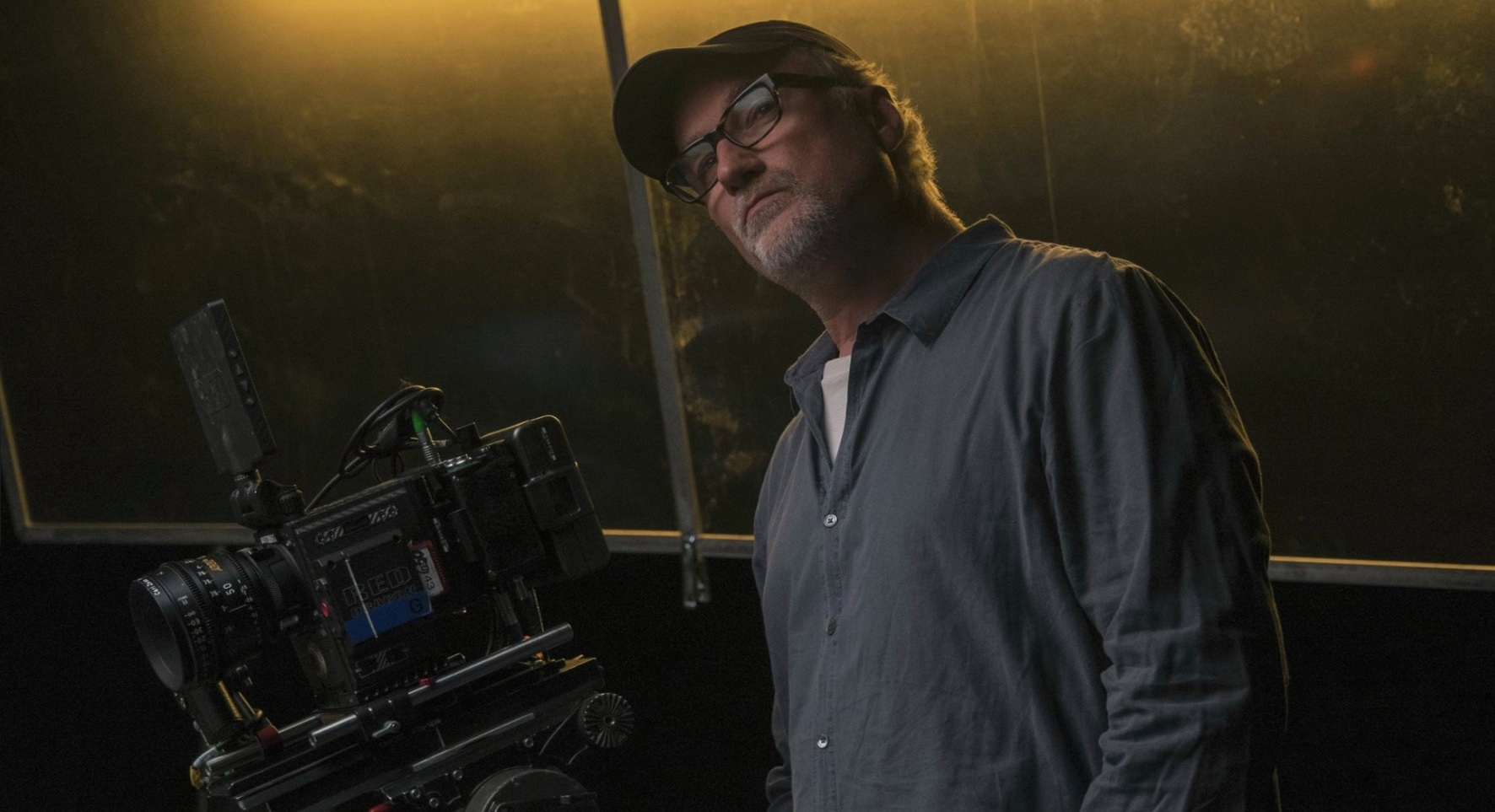 David Fincher on the set of Netflx's Mindhunter.