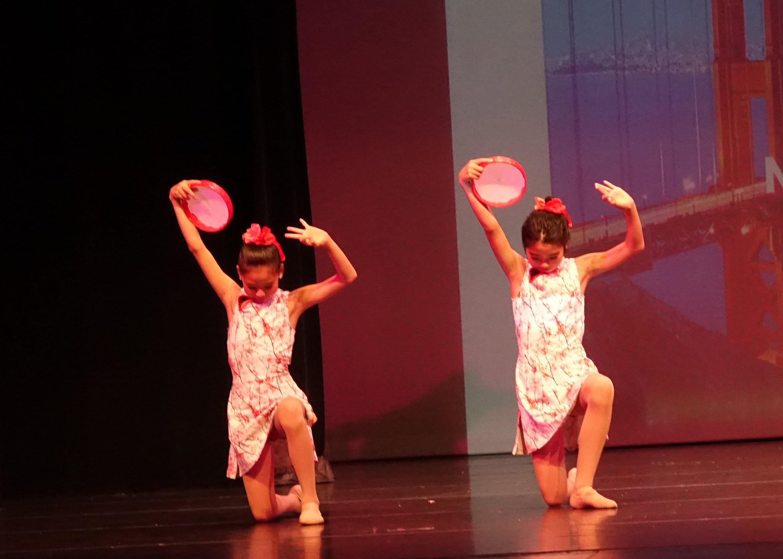 Dance16.jpg