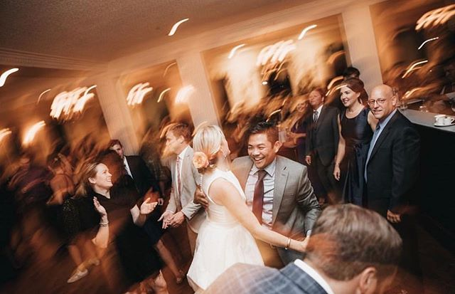 Boogie down •• • • • • • #chicagowedding #chicagoweddingphotographer #theknot #theknotpro #theknotchicago #midwestphotographer #100layercake #dirtybootsmessyhair #moodywedding #weddingphotos