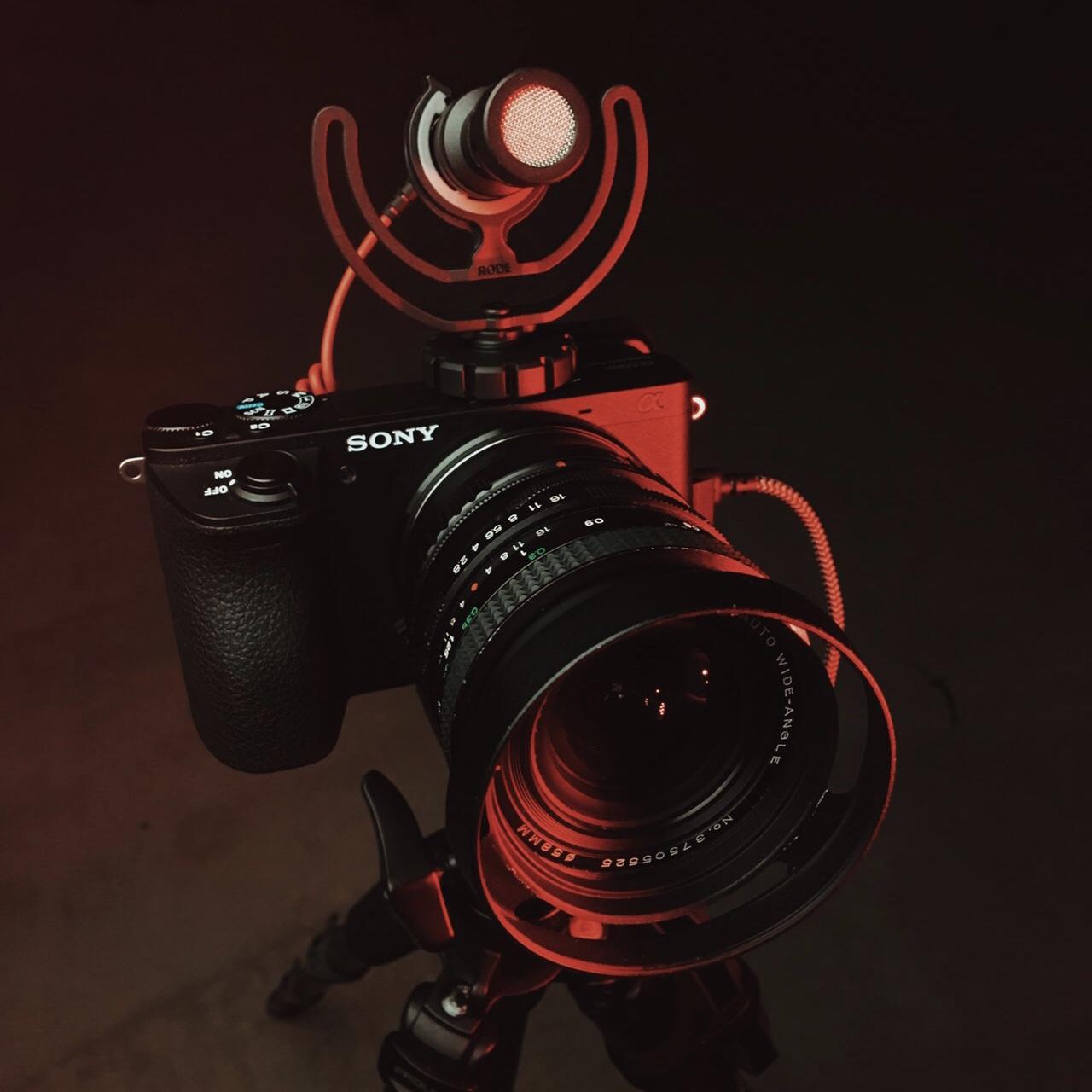 camera-camera-equipment-digital-camera-2386429 2.jpg