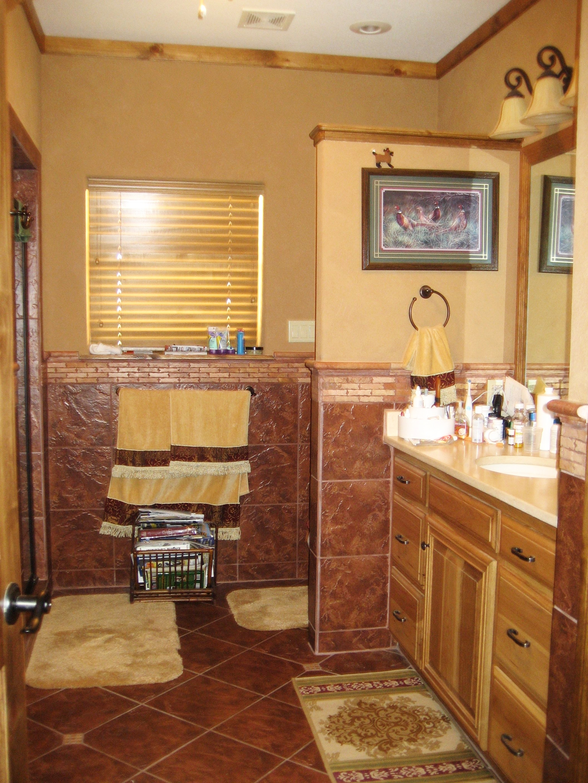 Neils' bathroom.jpg