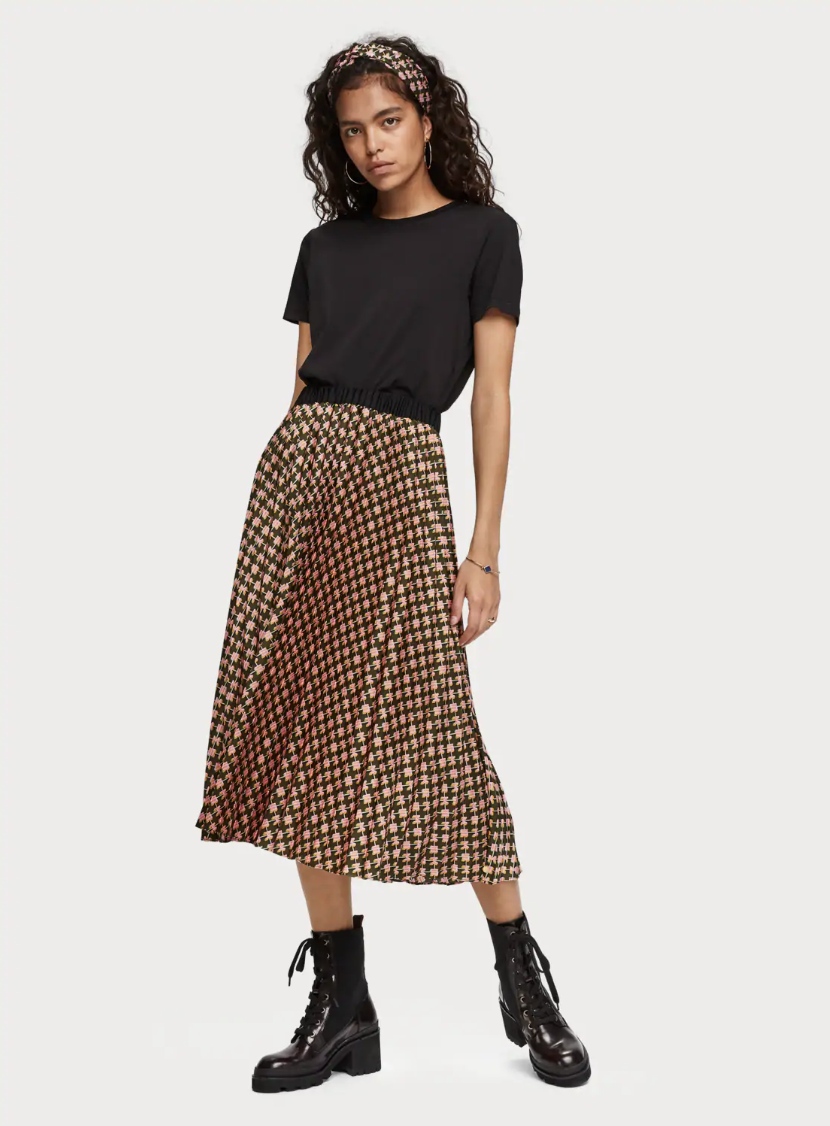 Scotch & Soda Printed Midi Skirt ($148) - A midi skirt is pretty much the graphic tee of your fall closet—it can be styled in a million different ways. Add a little edge with moto boots and a leather jacket, or dress it up with a silk blouse and heels.