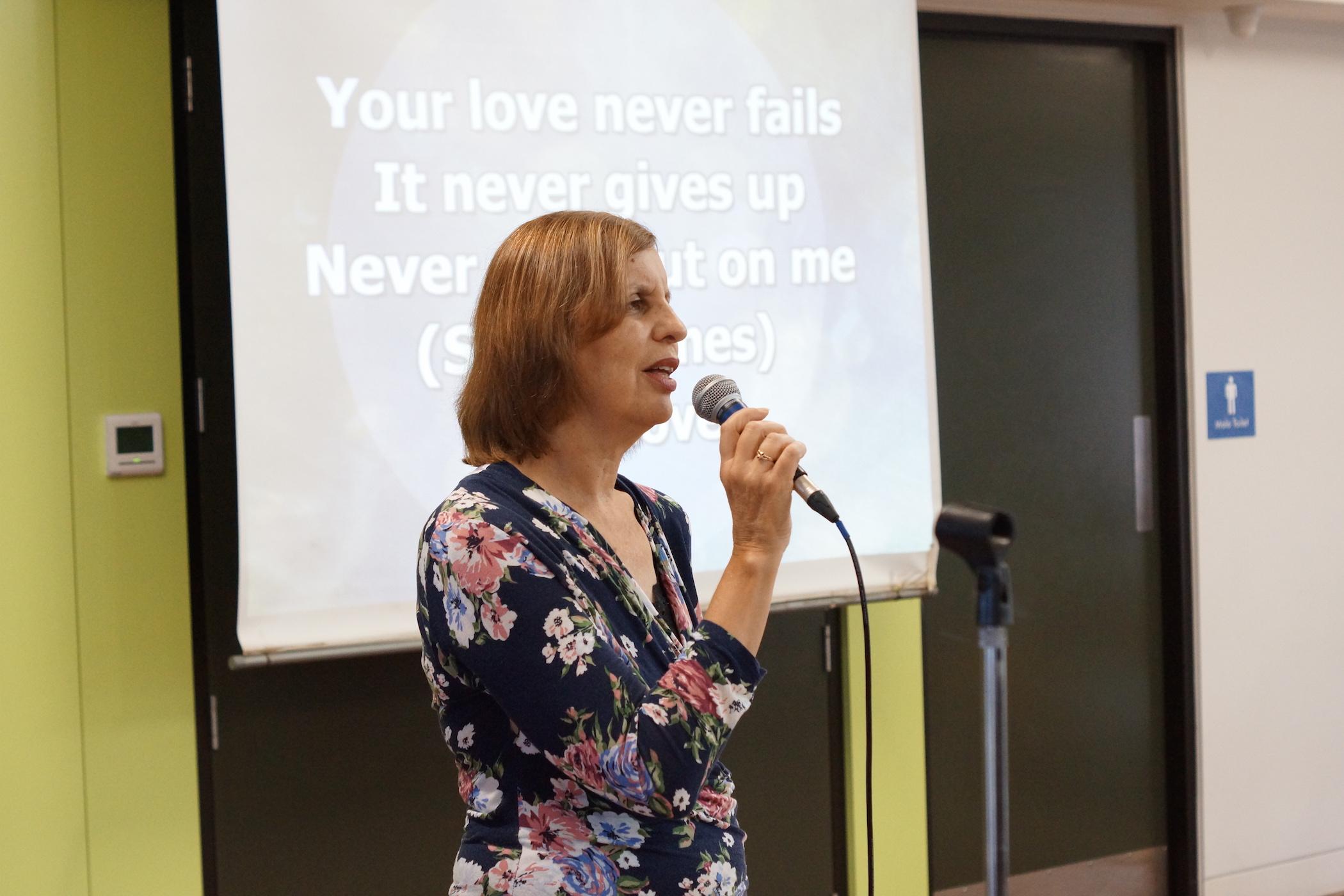 Anne Singing.jpg