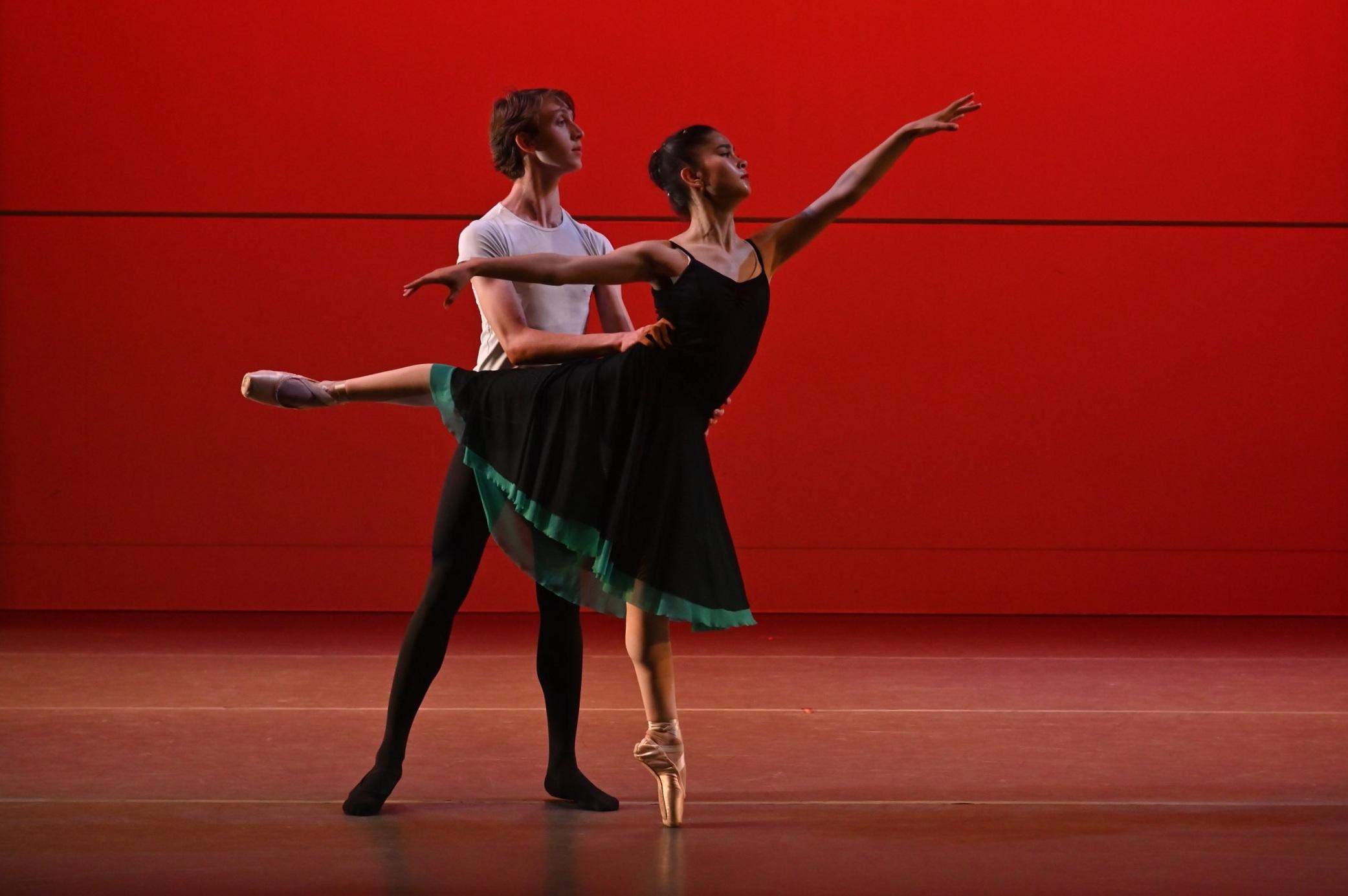 BBT's Studio Company dancers  in Robert Dekkers'  Rhapsody , photo by Natalia Perez