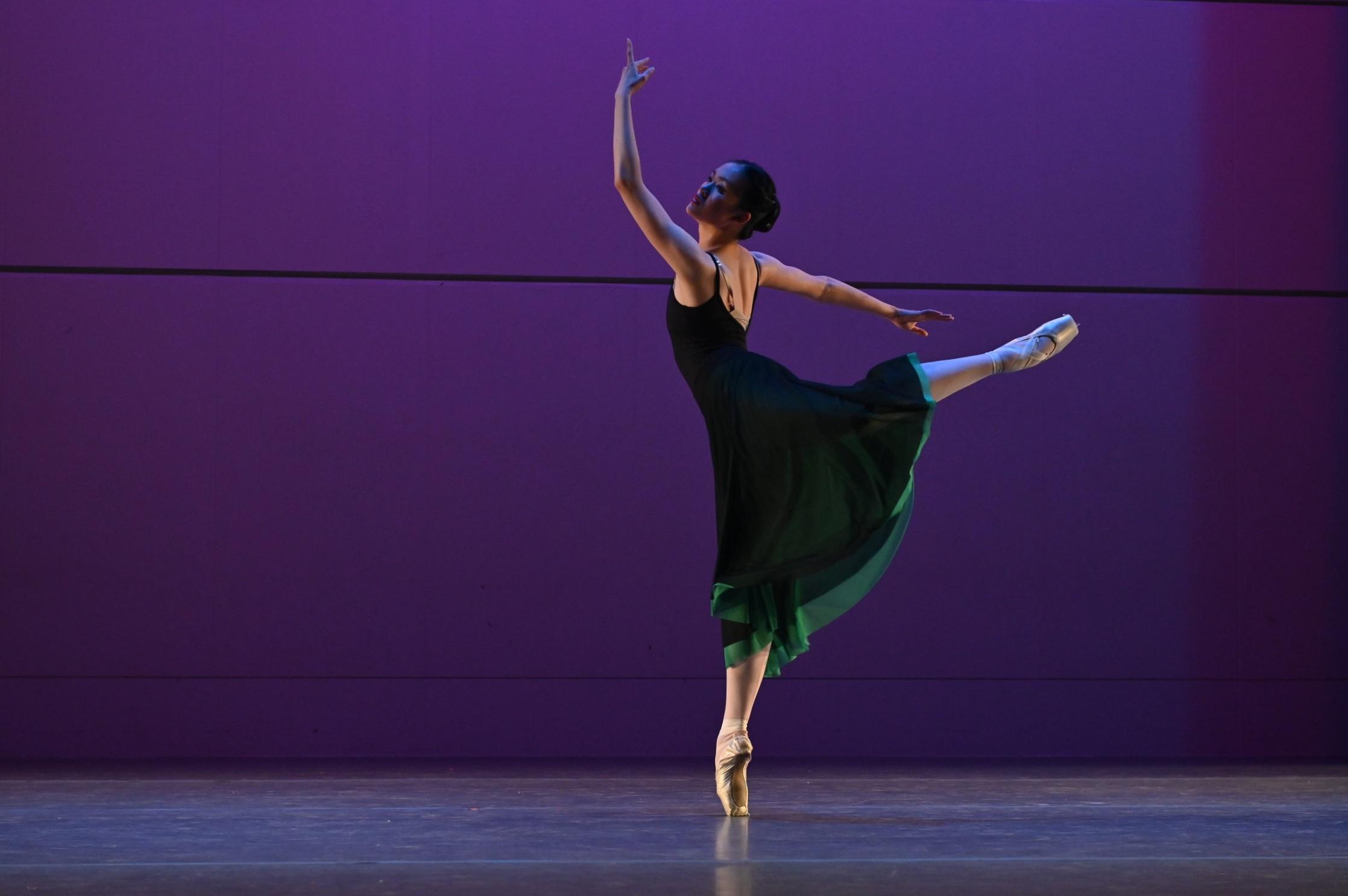BBT's Studio Company dancer  in Robert Dekkers'  Rhapsody , photo by Natalia Perez