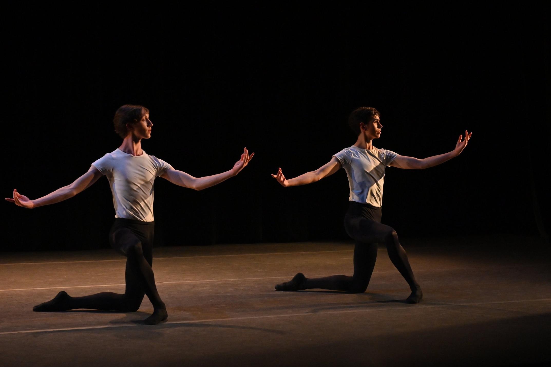 BBT Studio Company dancers and Men's Fellowship students  performing Sandra Chinn's  Jumps: Beta One,  photo by Natalia Perez