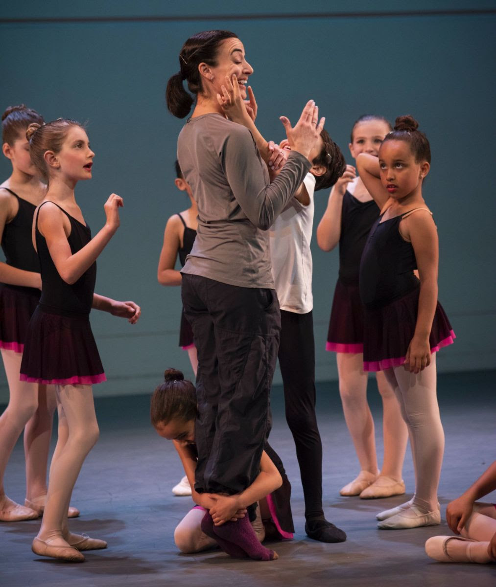 Liz Farotte Heenan  with BBT's Youth Division dancers, photo by Natalia Perez