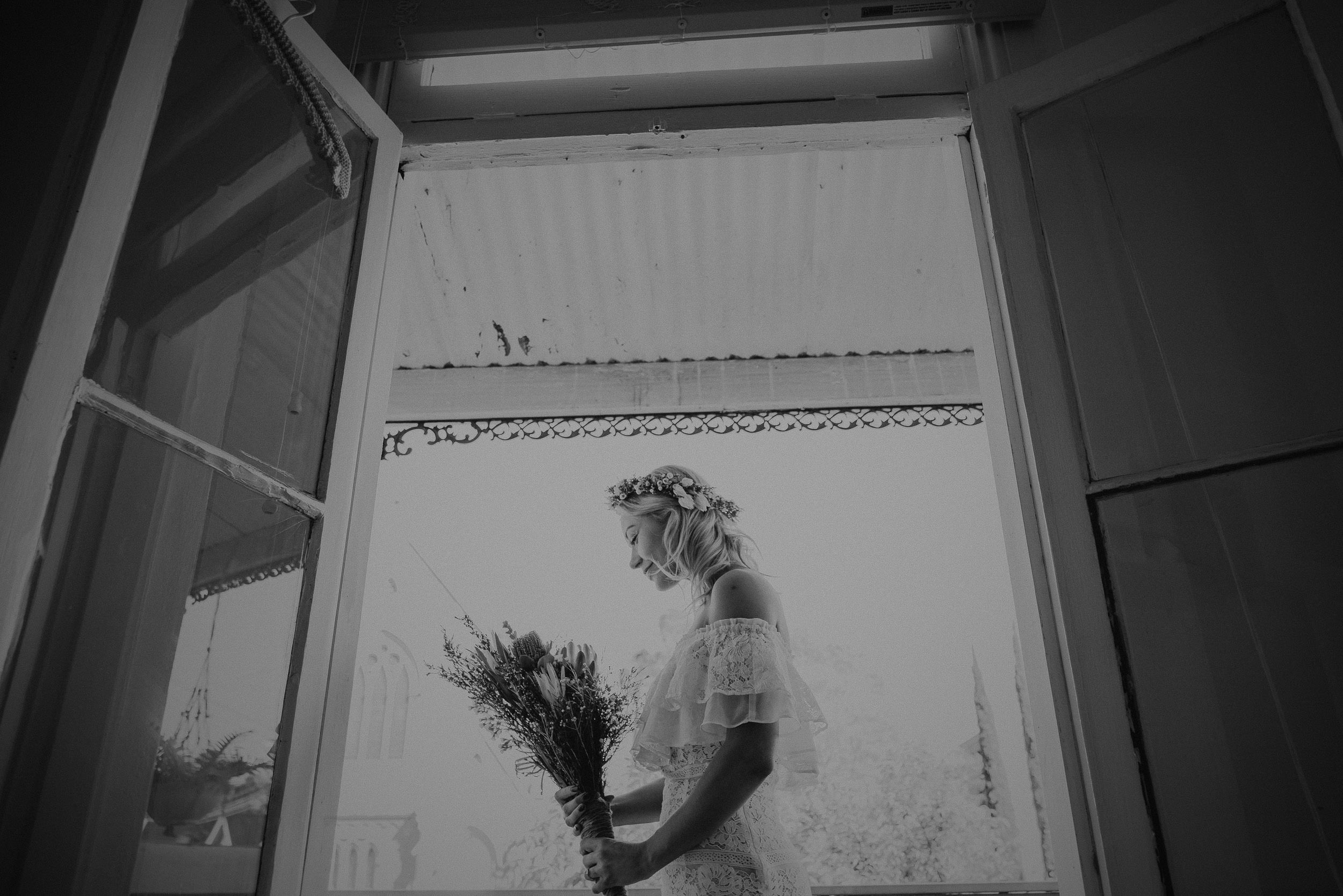 kings _ thieves - beth _ corey backyard airbnb elopement sydney - submission -37.jpg
