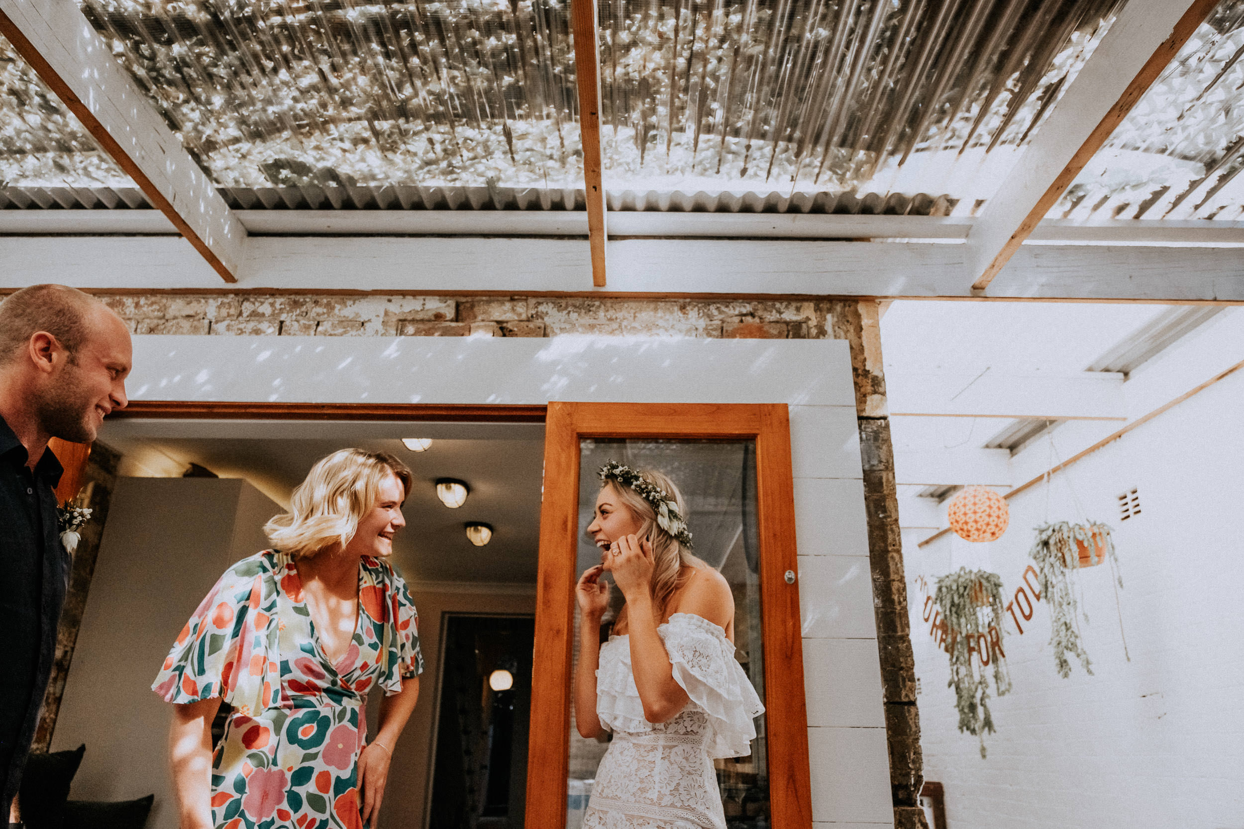 kings _ thieves - beth _ corey backyard airbnb elopement sydney - submission -214.jpg