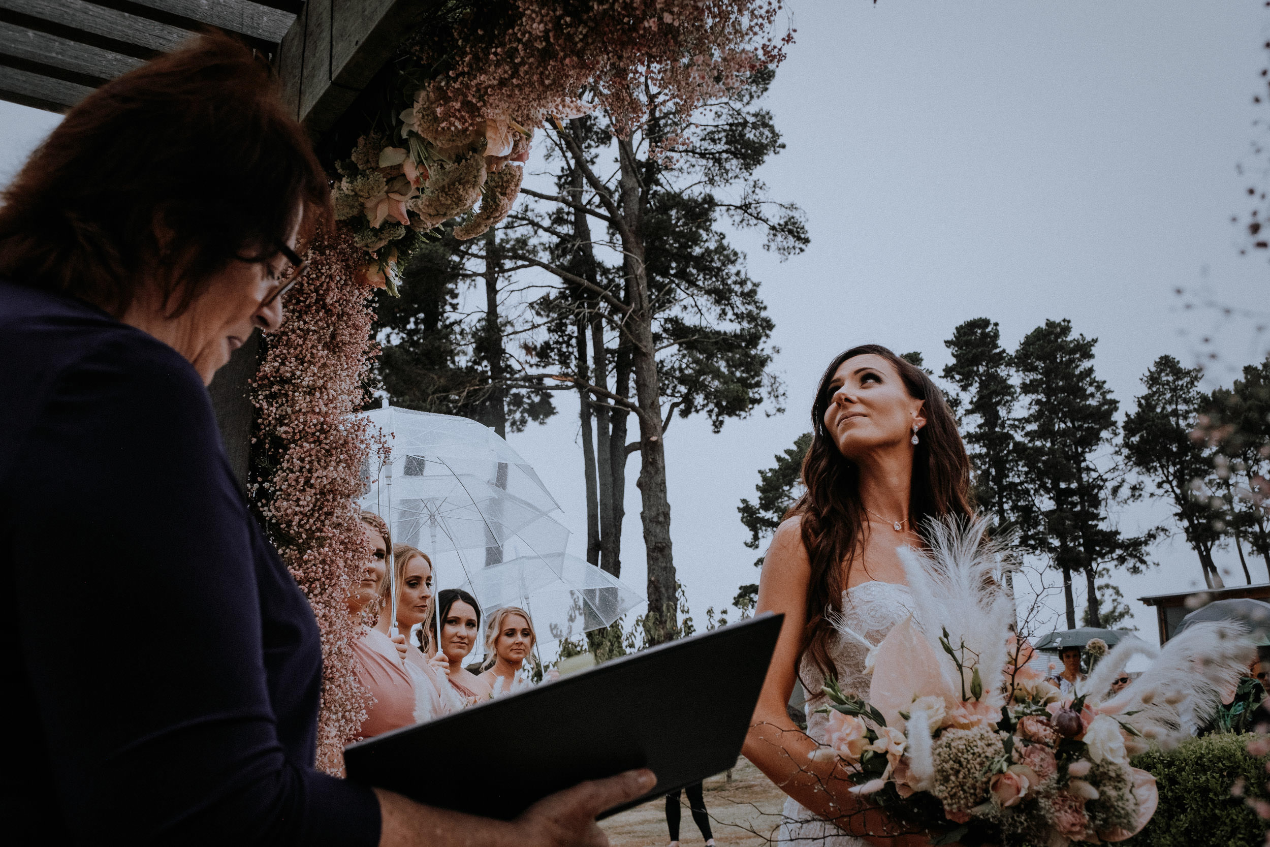 A rainy outdoor wedding at Seclusions Blue Mountains