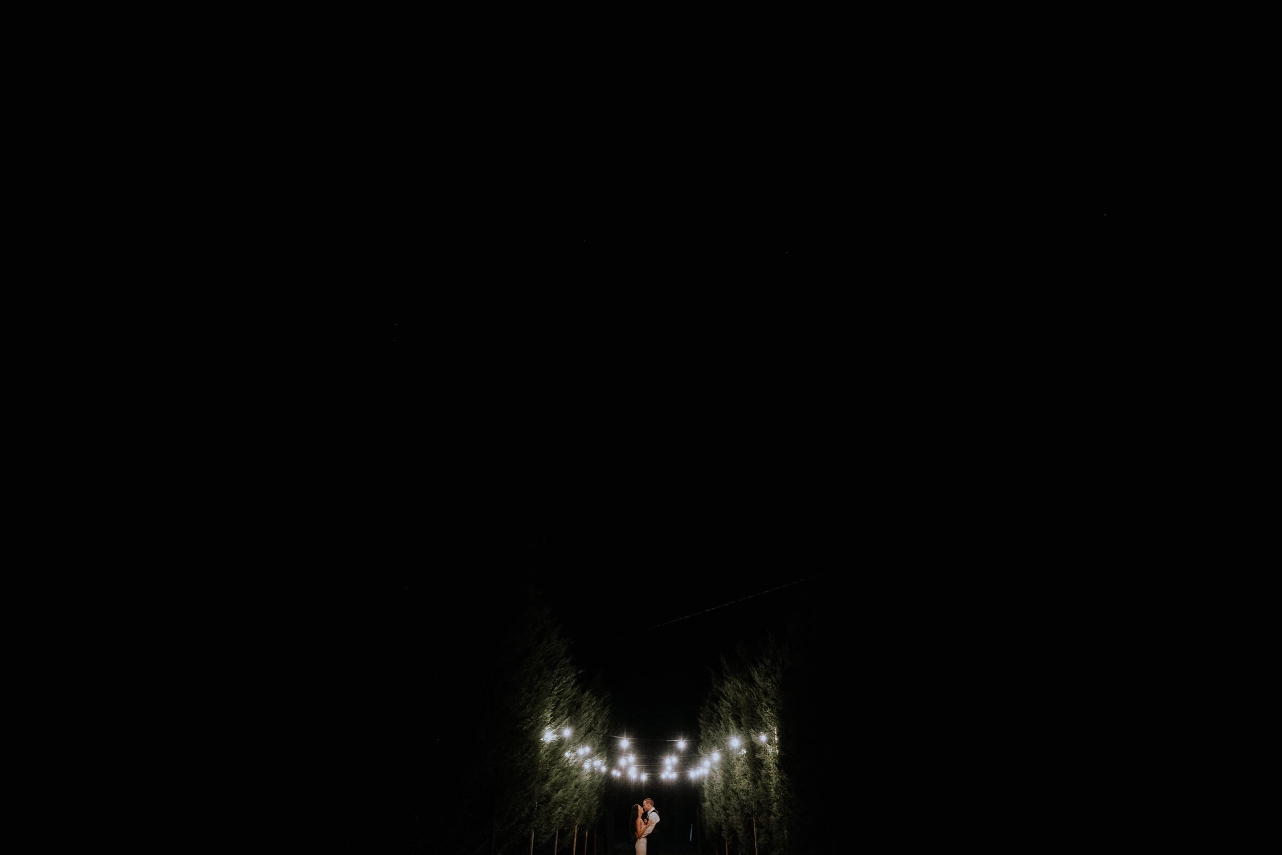 Night portraits with bride and groom at Seclusions Blue Mountains