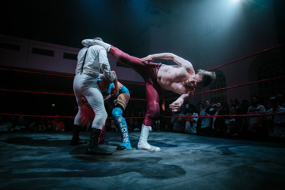 Sexsmith levels Flash Morgan Webster with a superkick (photo: The Head Drop)