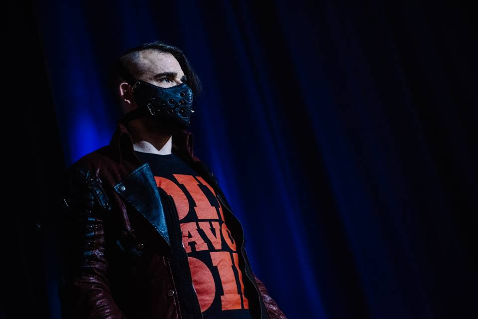 Jimmy Havoc makes a terrifying entrance at the Brighthelm Centre (photo: The Head Drop)