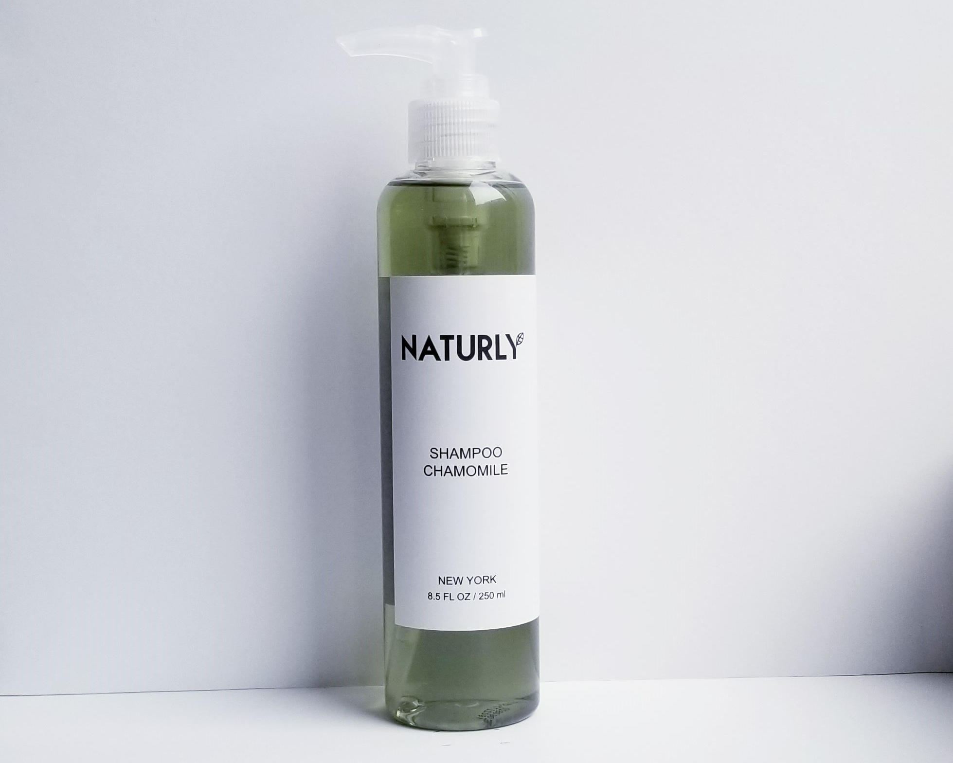 Shampoo with chamomile & lavendar oils, anti-oxidant chlorophyl extract - $24