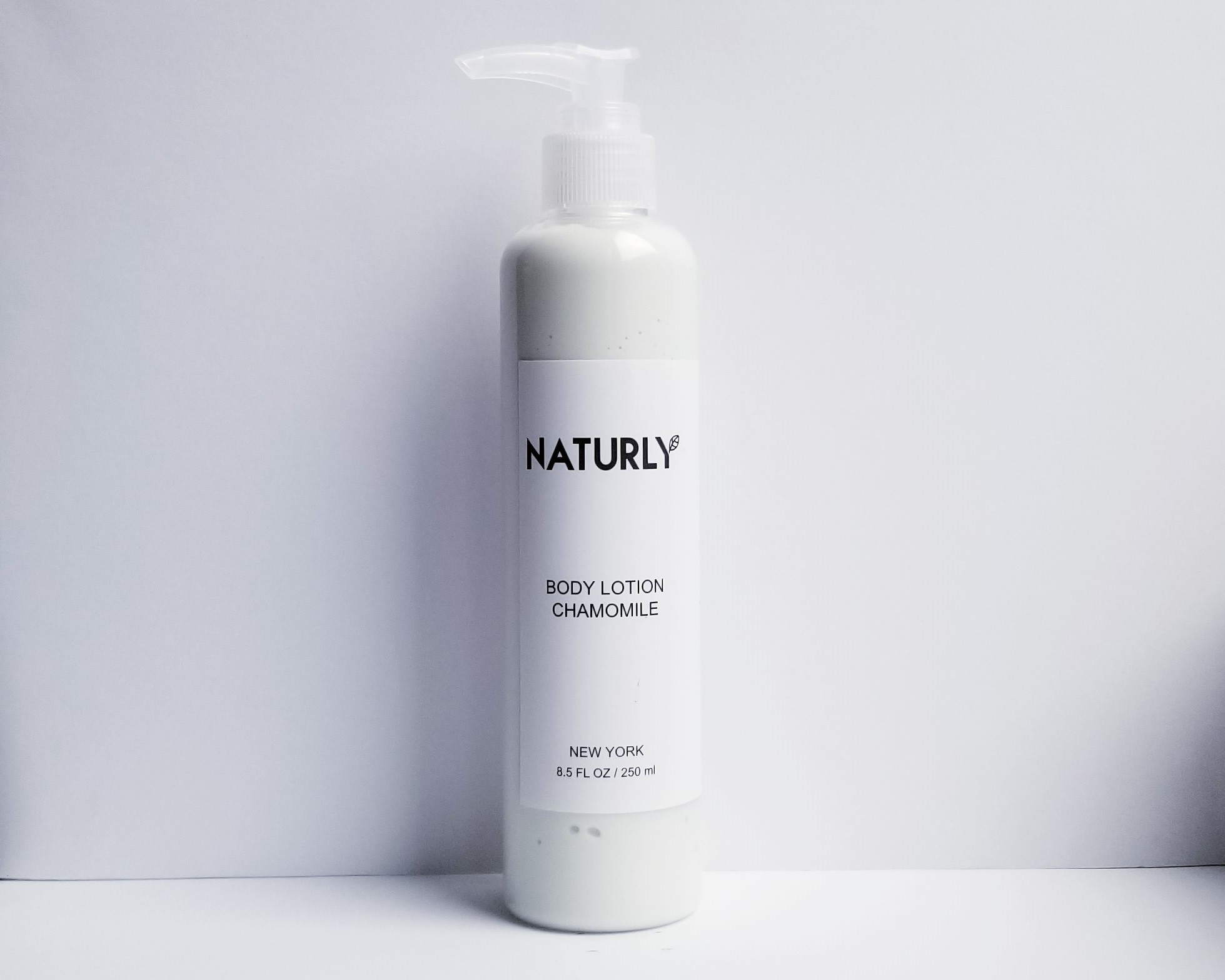 Body Lotion with shea butter, coconut emollient, chamomile & lavendar oils, anti-oxidant chlorophyl extract - $28