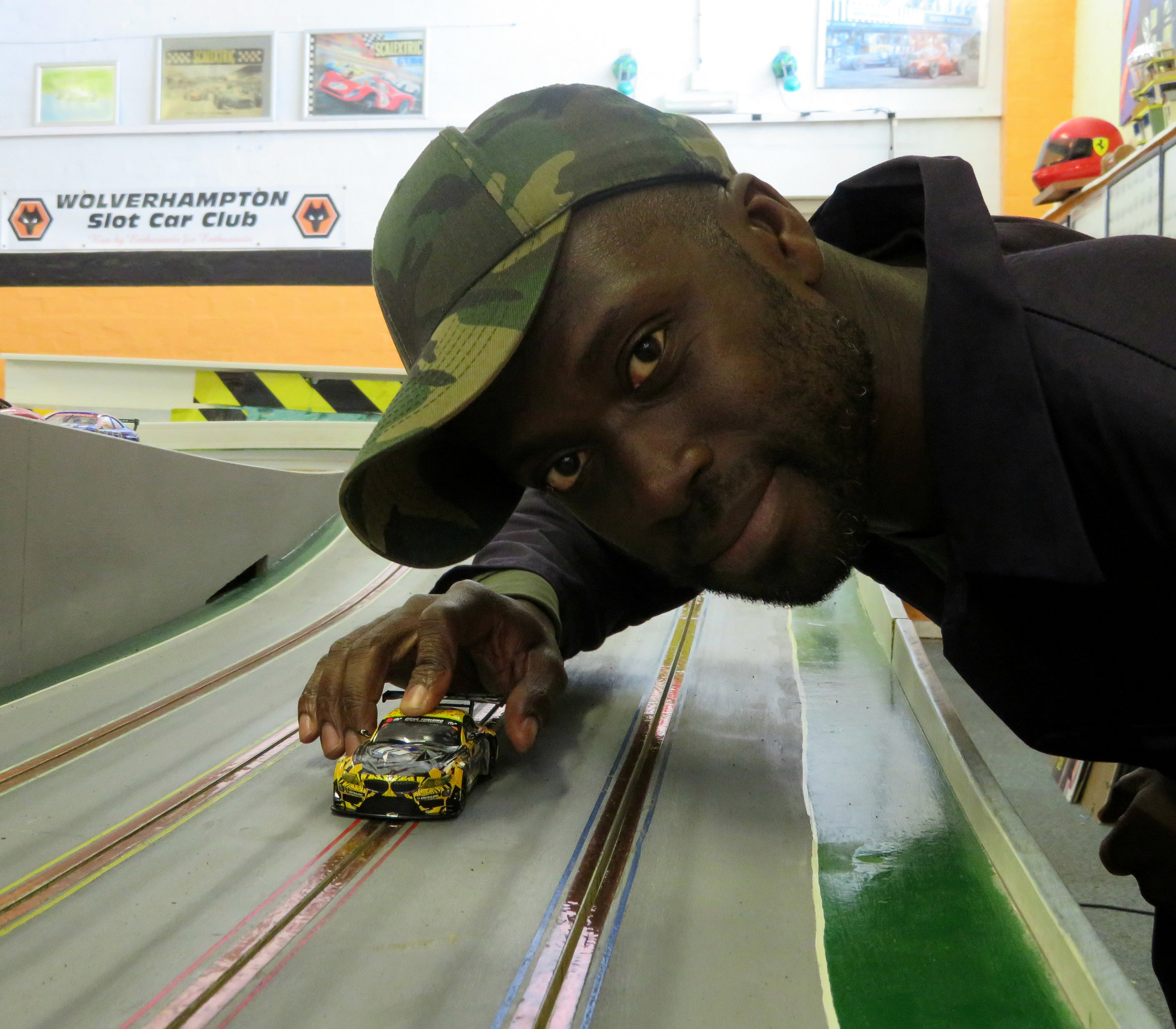 SCALEXTRIC WORLD RECORD - ORTIS DELEY 1.jpg