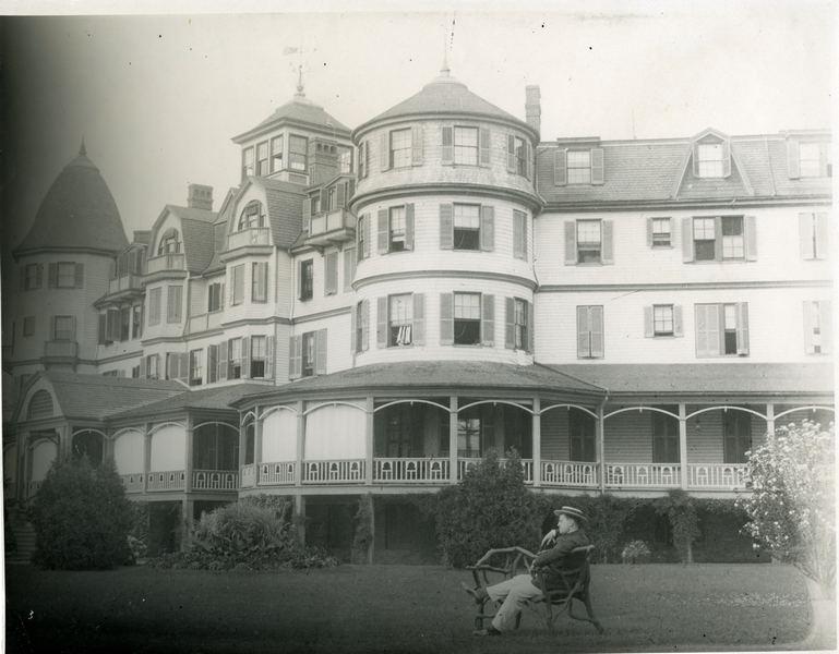 Bellarmine HallBuena Vista 1912.jpg