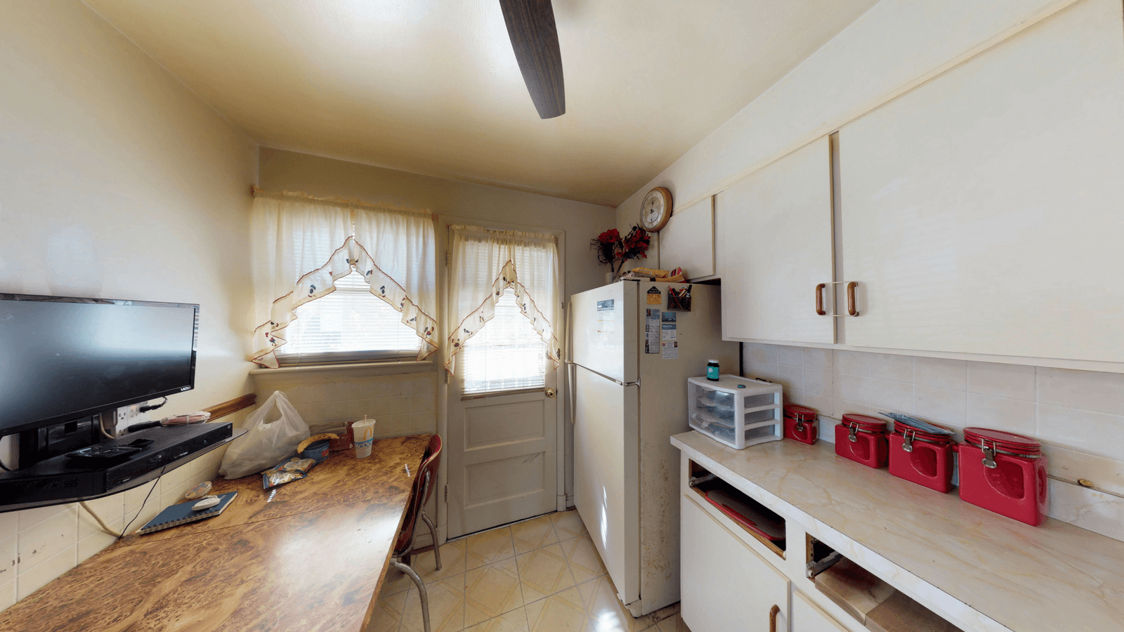7424-before-kitchen-1.png