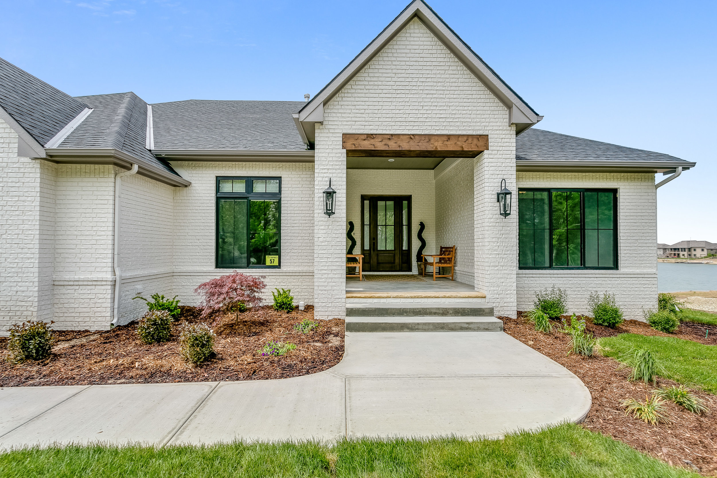 4913 Wavecrest Wichita KS-print-004-39-Front Entry Detail-4000x2667-300dpi.jpg