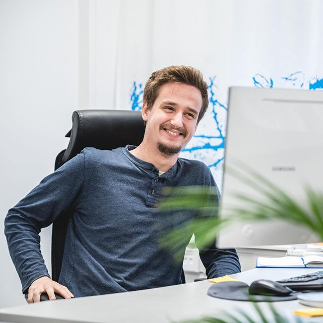 Meet Rasmus 👋 Talented music fanatic and backend developer. Together with his team, he has built solutions for several clients such as Gant, Berling Media, Man of a Kind, Bergene Holm, 3 and Gina Tricot.⠀ ⠀ #weareateles #tech #innovation #creative #ecom #ecommerce #digitaltransformation