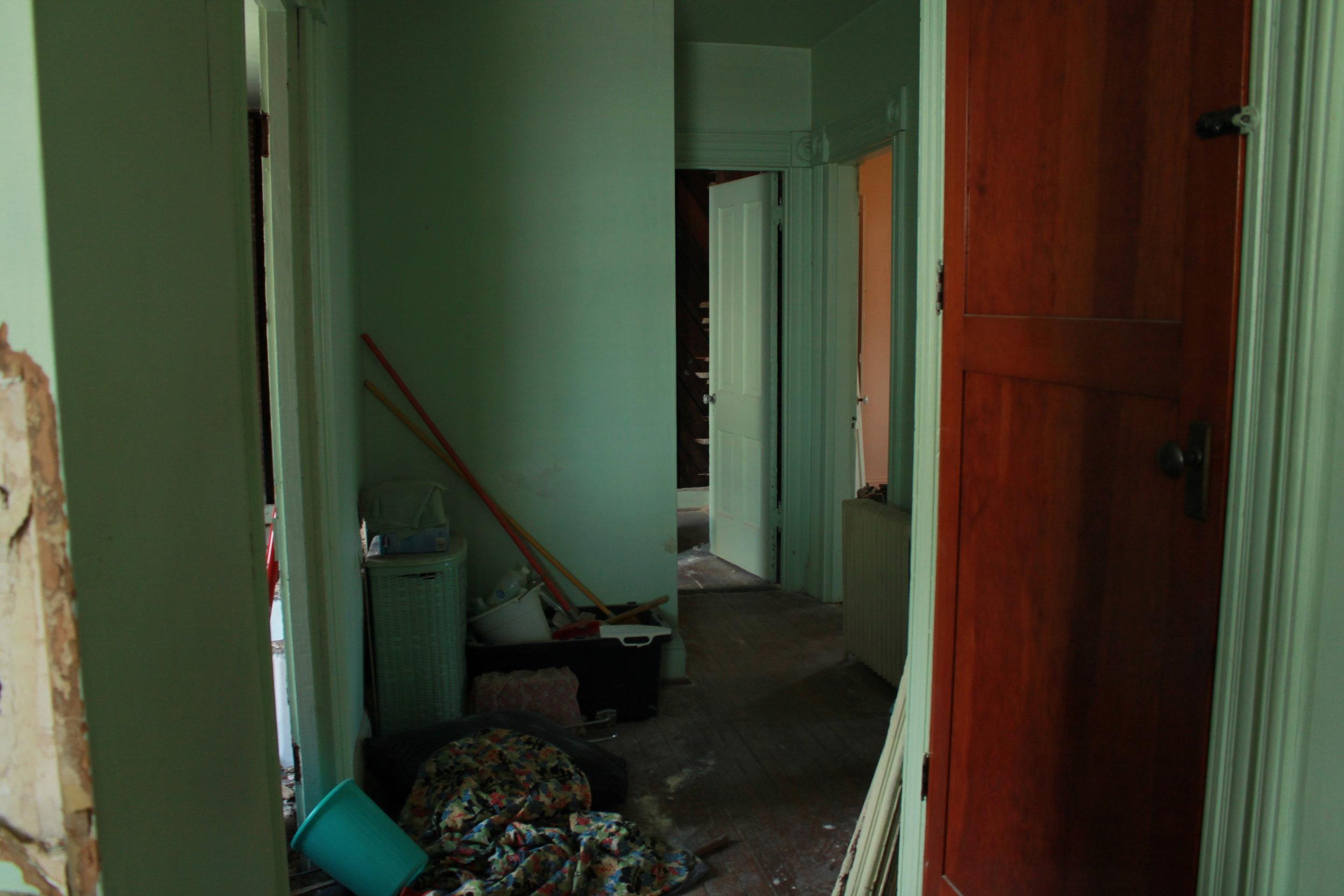 Second Floor (hallway b).JPG